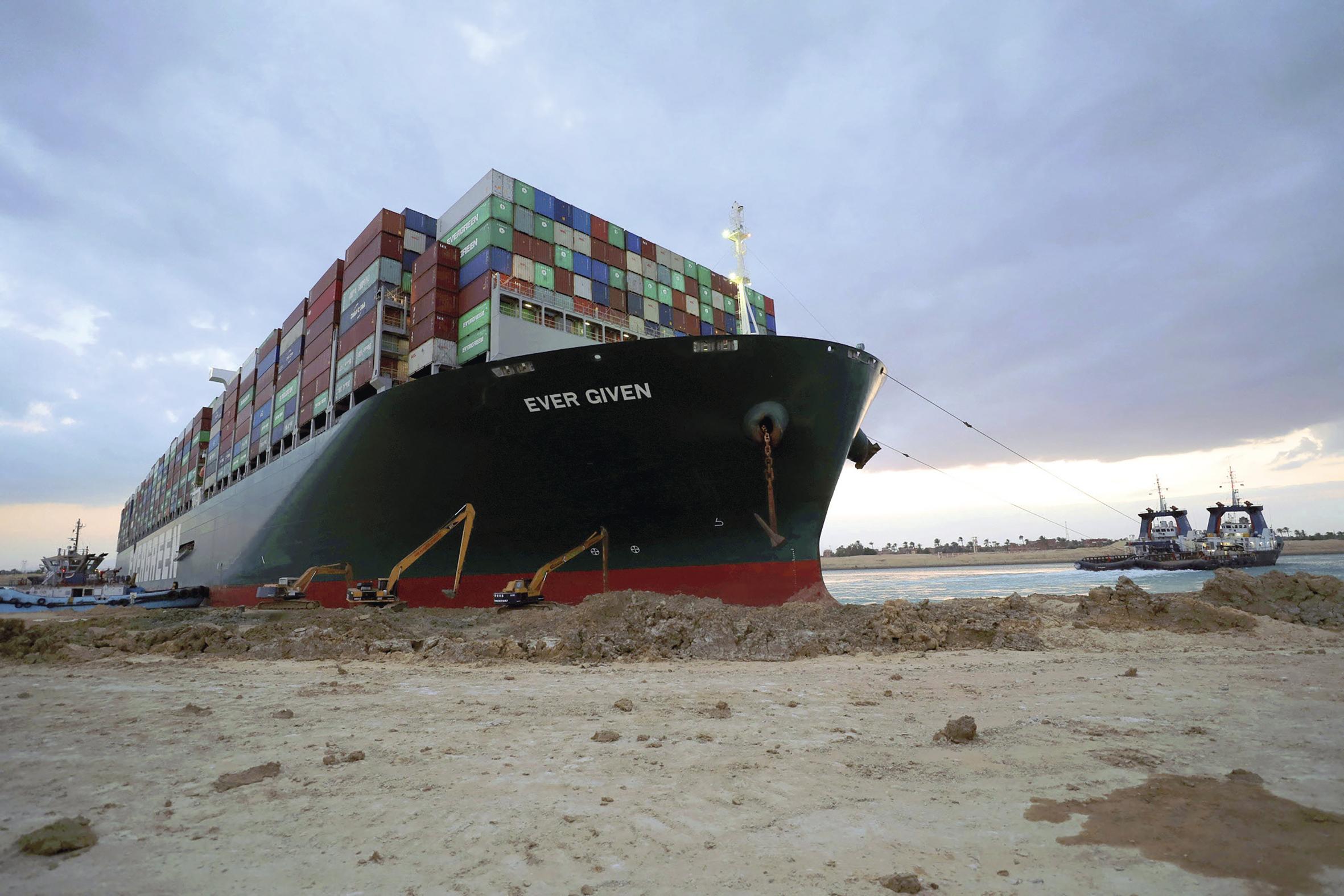 Porte-conteneurs et canaux : la mondialisation, toujours plus maritime