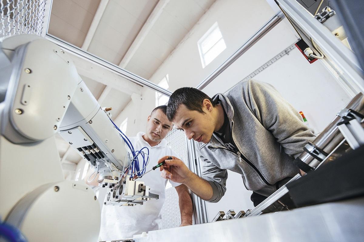 Roboticien, un métier del'industrie 4.0au service d'unclient