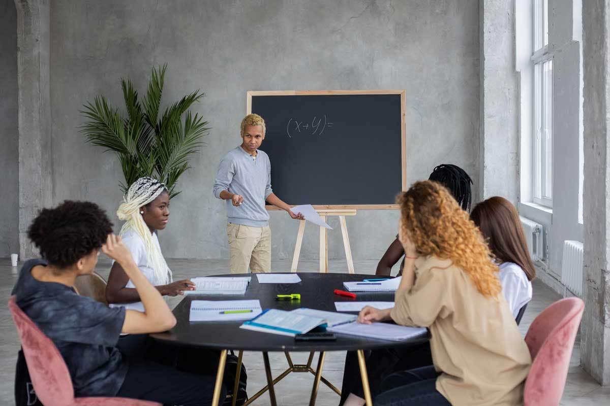 Pour travailler en groupe, mieux vaut diversifier les aptitudes de chacun