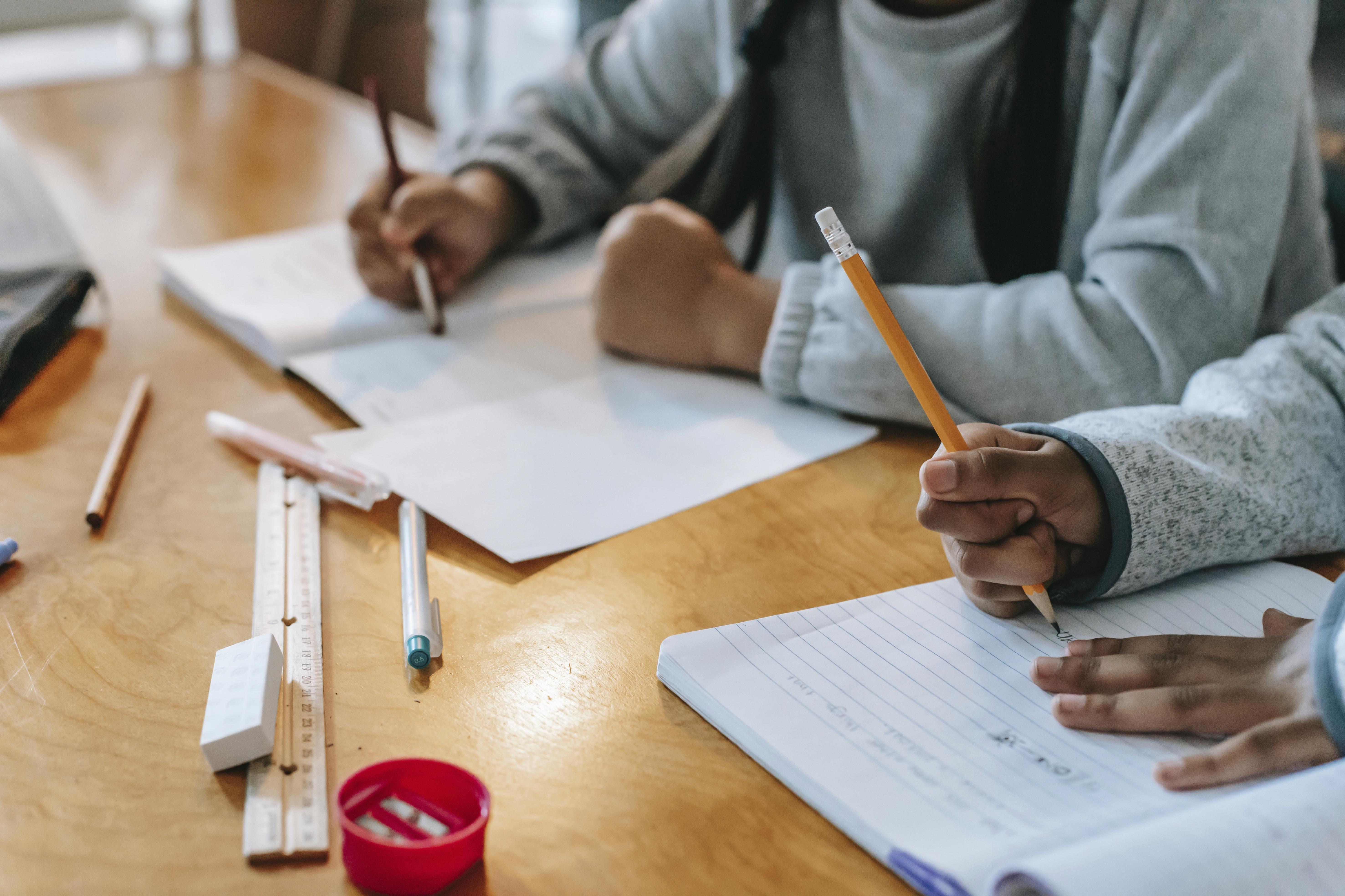 Allocation de rentrée scolaire : « une aide de survie »dont contrôler l'utilisation « serait un contre-sens »