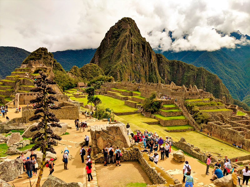 Machu Picchu Le Pérou serre la vis