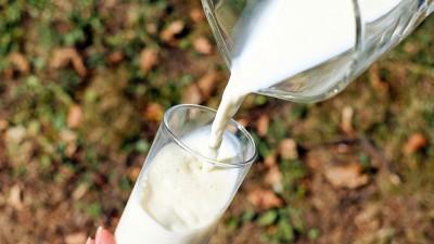 Combien ça coûte, un litre de lait ?