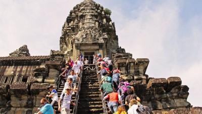 Ces 4 sites mythiques tentent de résister au tourisme de masse