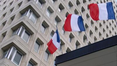 Risques collectifs : Chômage, maladie... Mieux vaut être Français qu'Américain