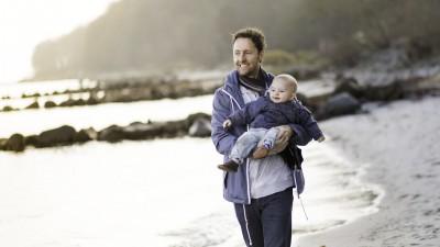 Congés paternités : quand l'entreprise cajole plus les papas que la loi