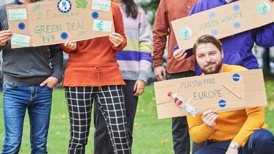 On lève le doigt   C'est quoi le Green Deal européen ?