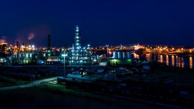 L'industrie pétrolière prête à s'endetter pour garder ses actionnaires