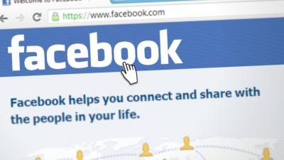 """Chez Facebook, les """"grandes"""" réunions repoussées jusqu'en juin 2021"""