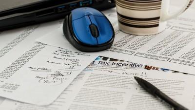Une vie d'impôt : du berceau à la tombe du contribuable