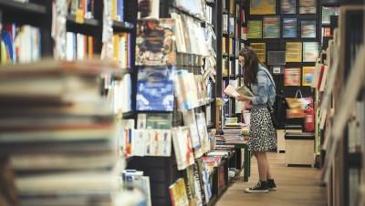 Papier, ebook : les livres traditionnels résistent au numérique