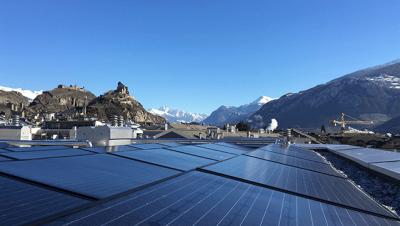 Panneaux solaires : comment une PME française tente de faireface au marché chinois