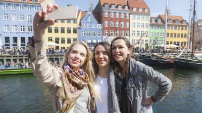 Danemark :unsalaire étudiant, «utile pendantla crise sanitaire» pour éviter la précarité