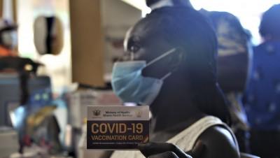 Don de doses du G7: tout comprendre à l'importance de la vaccination des pays pauvres