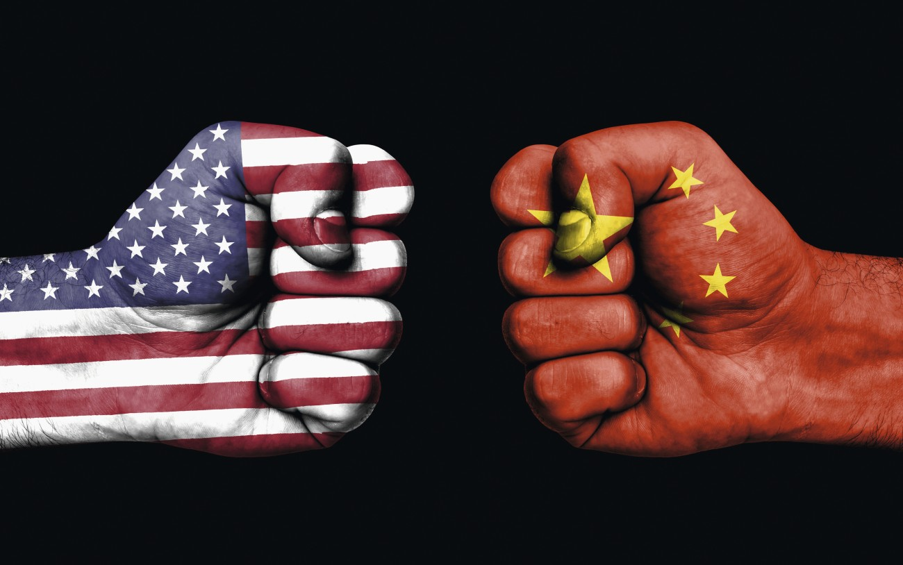 Conflict-between-USA-and-China---male-fists-862290790_3991x2501.jpg