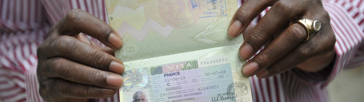 Qui sont les 34 748 migrants économiques en France ?
