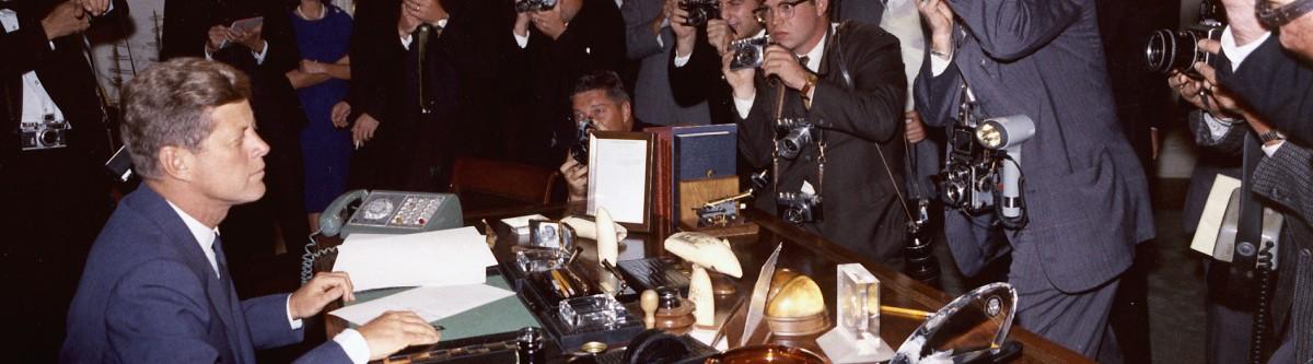 Kennedy et la crise de Cuba: Savoir décider dans un monde au bord du gouffre