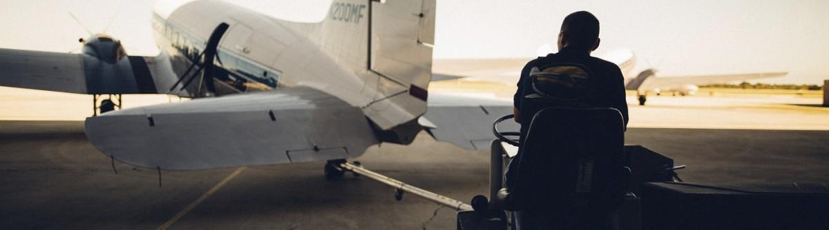 Voyage en avion : combien coûteun bagage en soute?