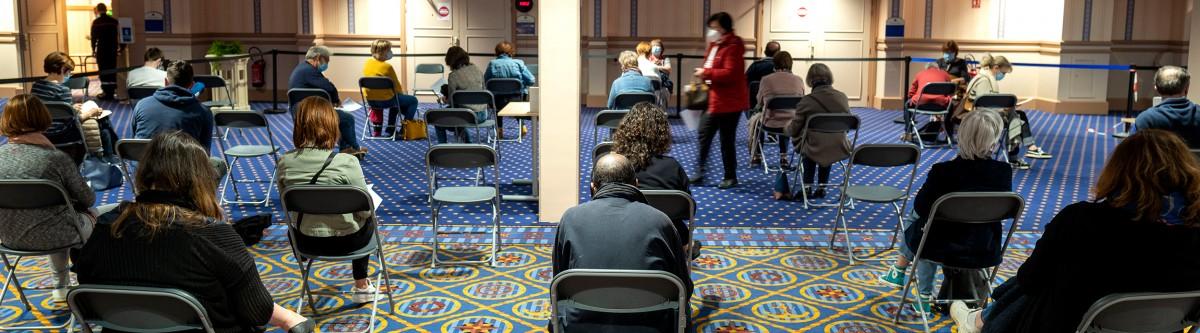 Retard de la vaccination : quels surcoûts pour l'économie française ?