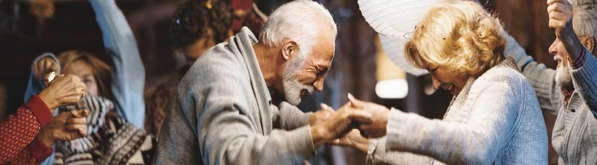 Faut-il attendre d'être vieux pour enfin être heureux ?