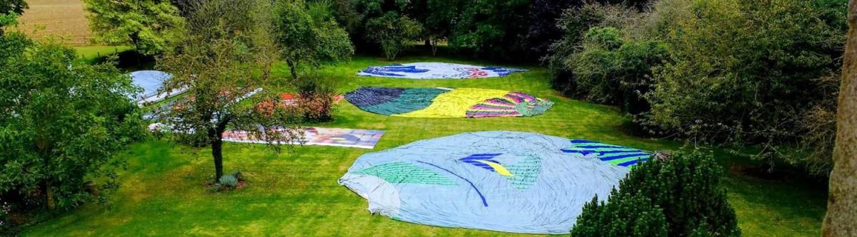 Recyclage : ils transformentdevieilles montgolfières encoussins géants