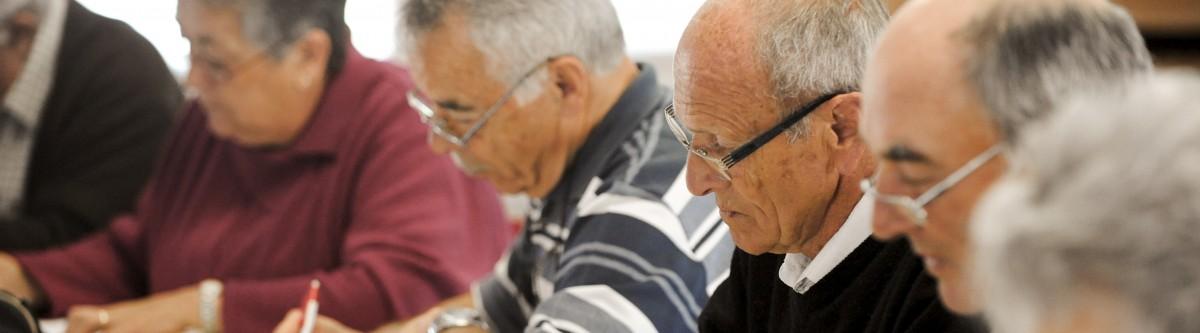Reporter l'âge du départ à la retraite à 64 ans, véritablement efficace ?